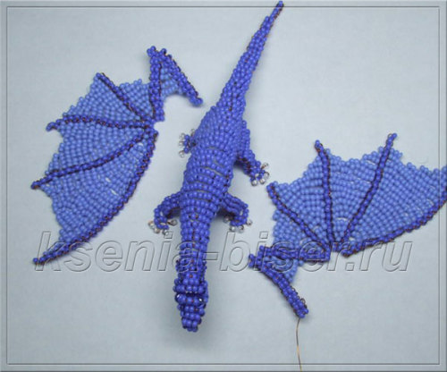 Объемный дракон из бисера: