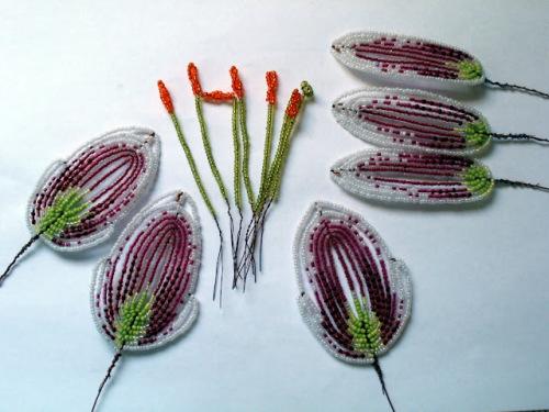 Мастер класс по плетению бисером лилии